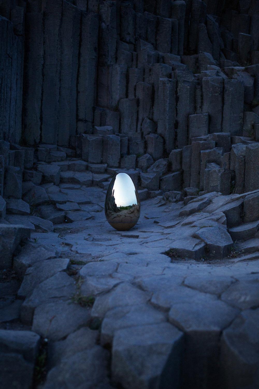 Svítidlo Birth of Light, design Linda Vránová, výroba Bejvl Design Studio
