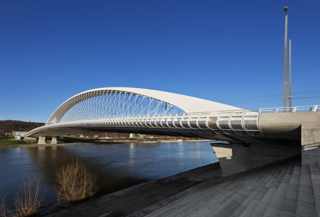 Trojský most, Praha, 2006–2014 / Troja Bridge, Prague, 2006–2014, Roman Koucký, Foto E. Havlová