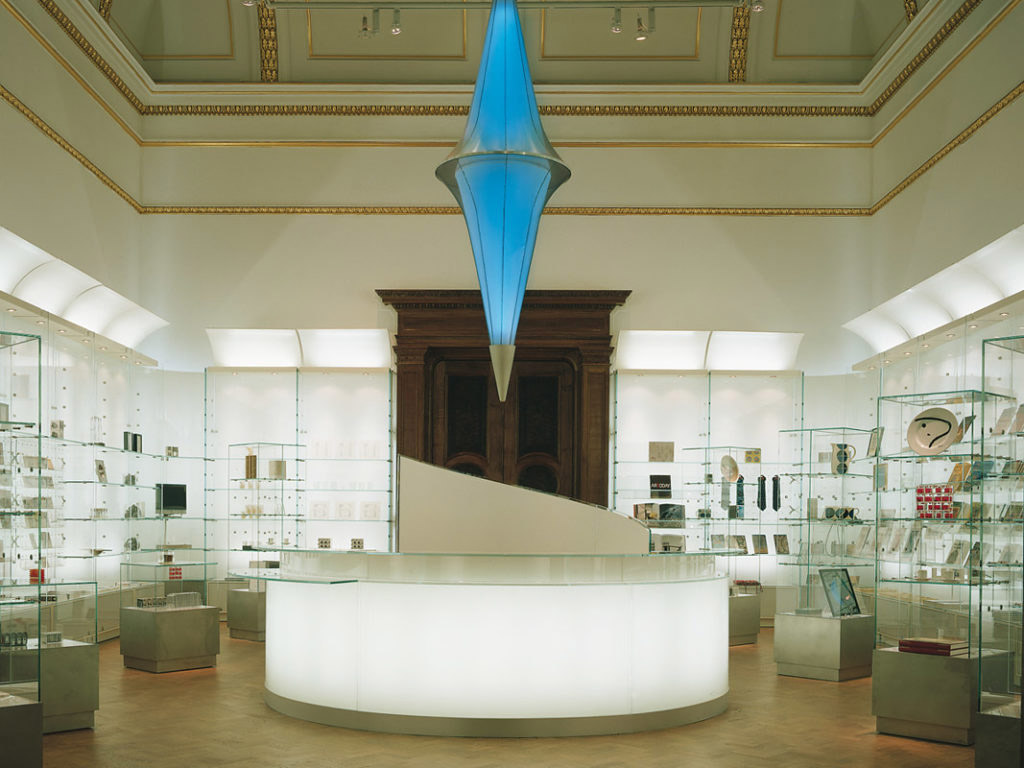 Royal Academy of Arts Shop, London, zdroj: www.ejal.com