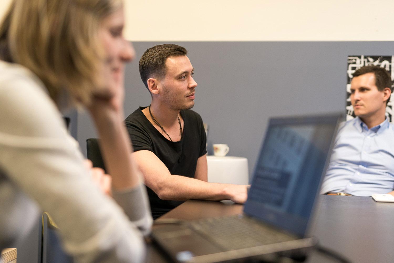 Pavel Podruh na úvodním workshopu studentské soutěže Český ostrovní dům
