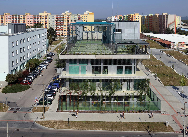 KOMUNITNÍ CENTRUM MÁJ, SLLA Architects